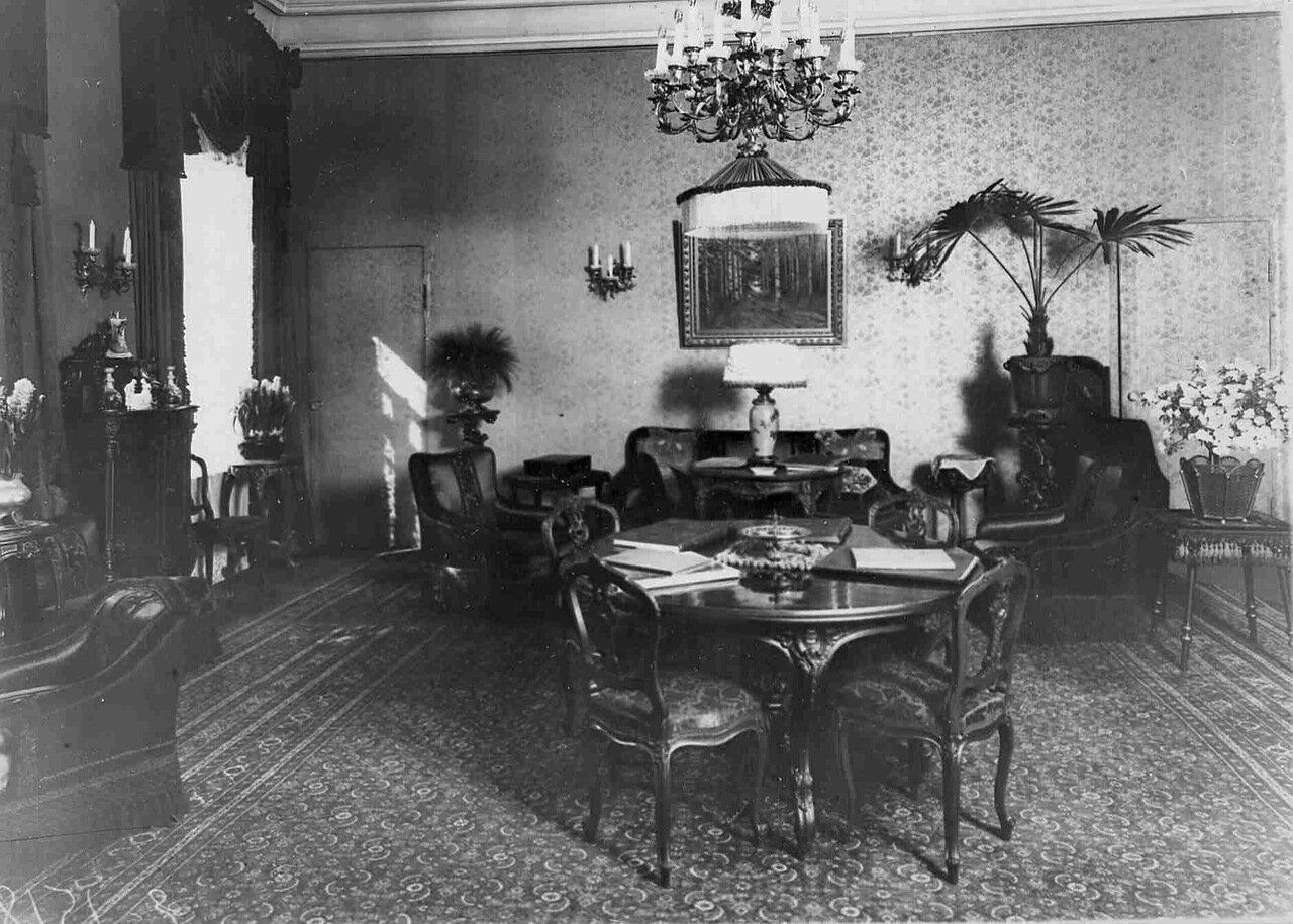 18. Малая гостиная в особняке И.Д.Бонштедта
