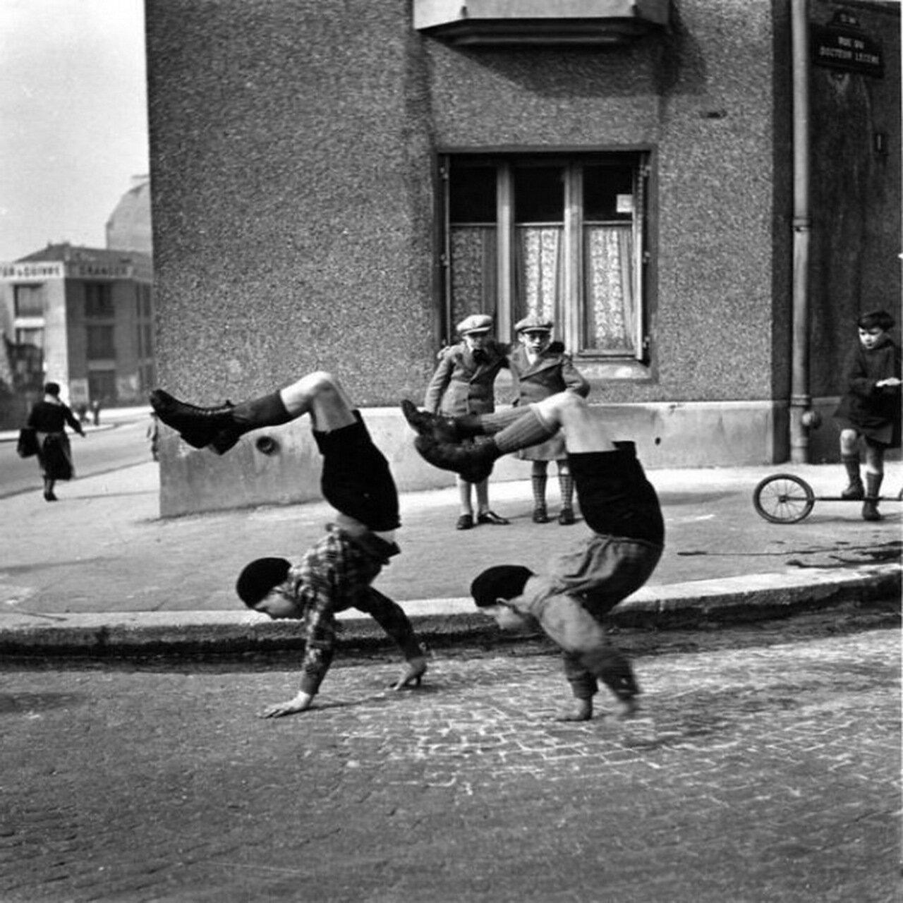 1934. Братья, улица Доктора Лесэна