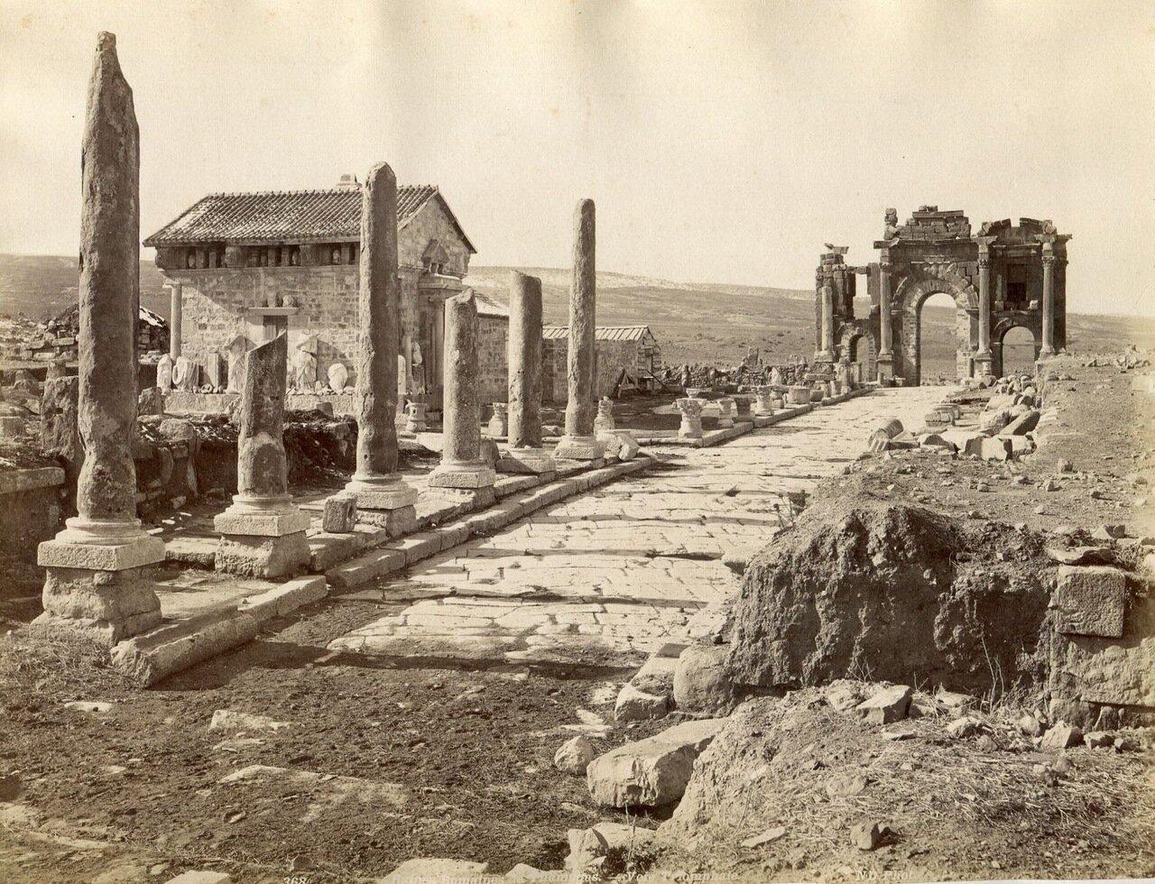 Тимгад. Римские развалины