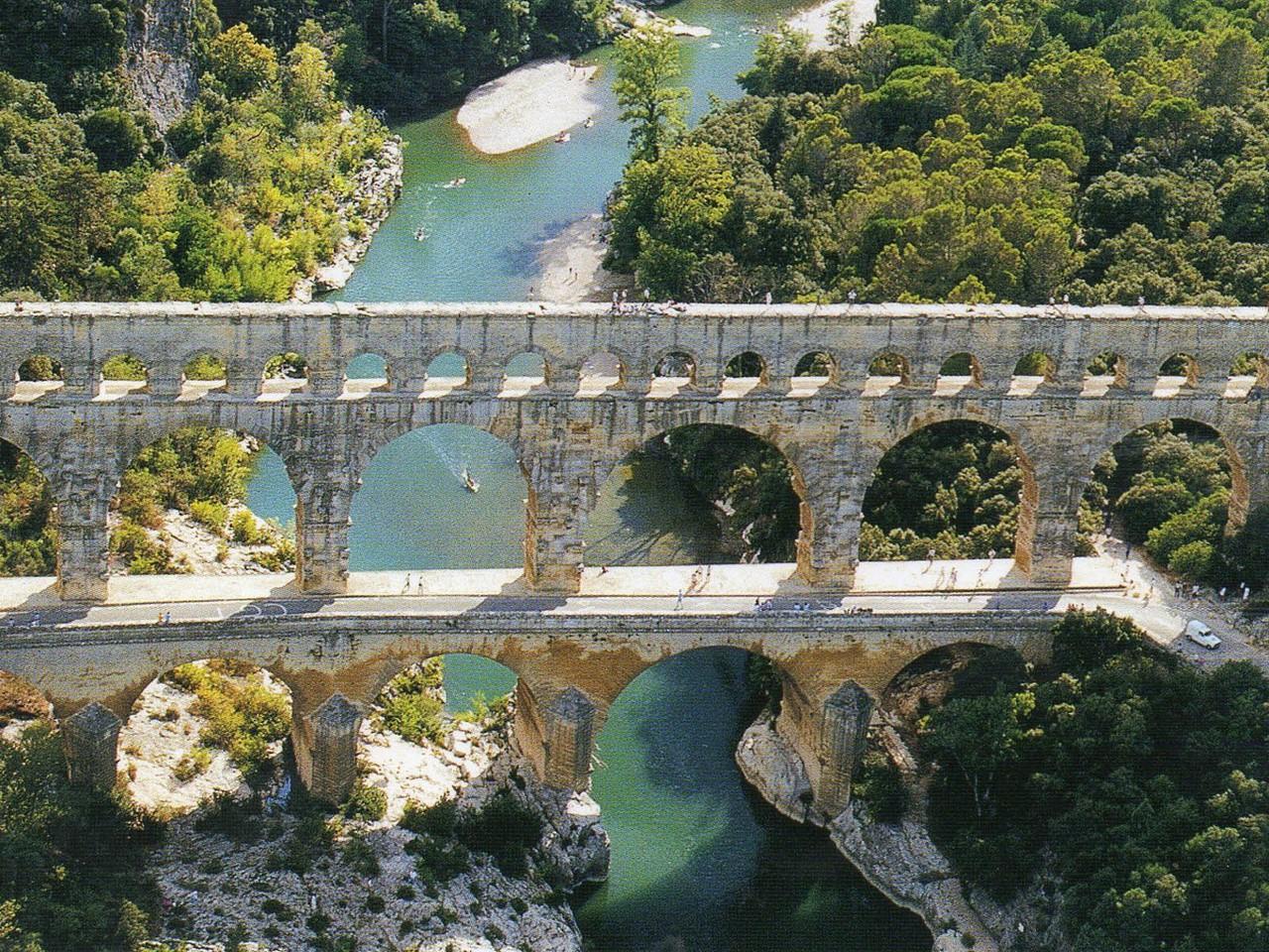 Действующий мост построенный до нашей эры фото
