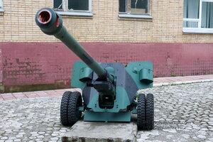 Военная техника на территории 106 гв.дивизии ВДВ (бывшийТАИИ), Тула