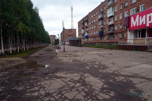 Фотография Инты №7175  Горького 12 (здание бывшего