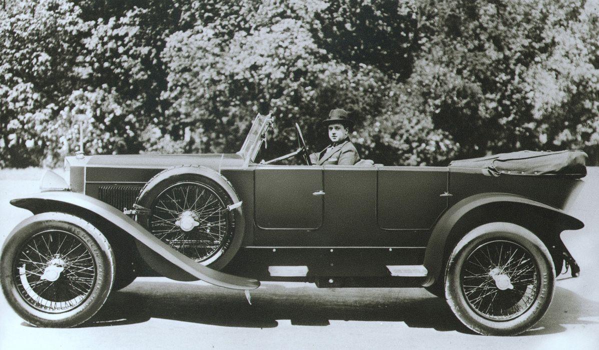 2 Lancia Lambda (1922)