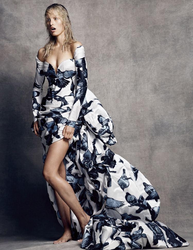 Каролина Куркова (Karolina Kurkova) в журнале Vogue Spain
