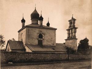 Вид церкви Николы от Торга (построена в 1676 г.). Псков г.