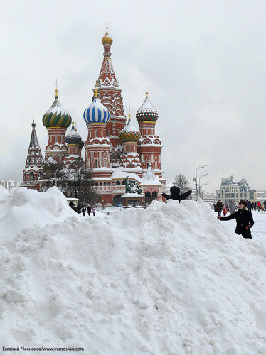 03. Снегопад. Красная площадь. 22.02.10.08....jpg