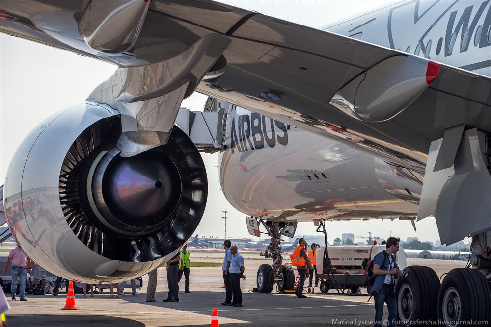 Первый визит А350 в Москву