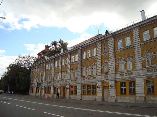 Москва. Космодамианская наб., д4