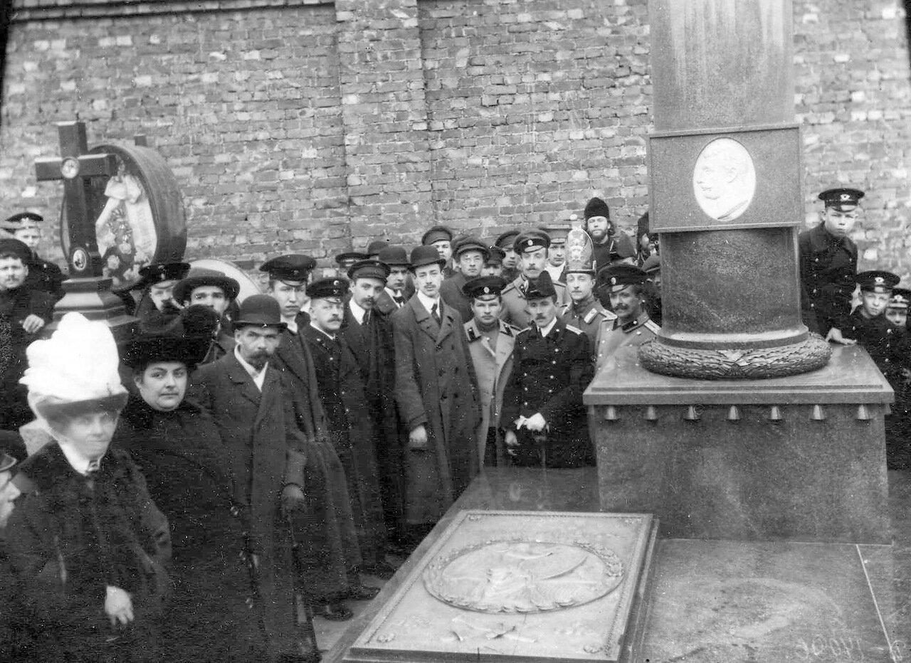 13. Могила летчика Л.М.Мациевича. 1913
