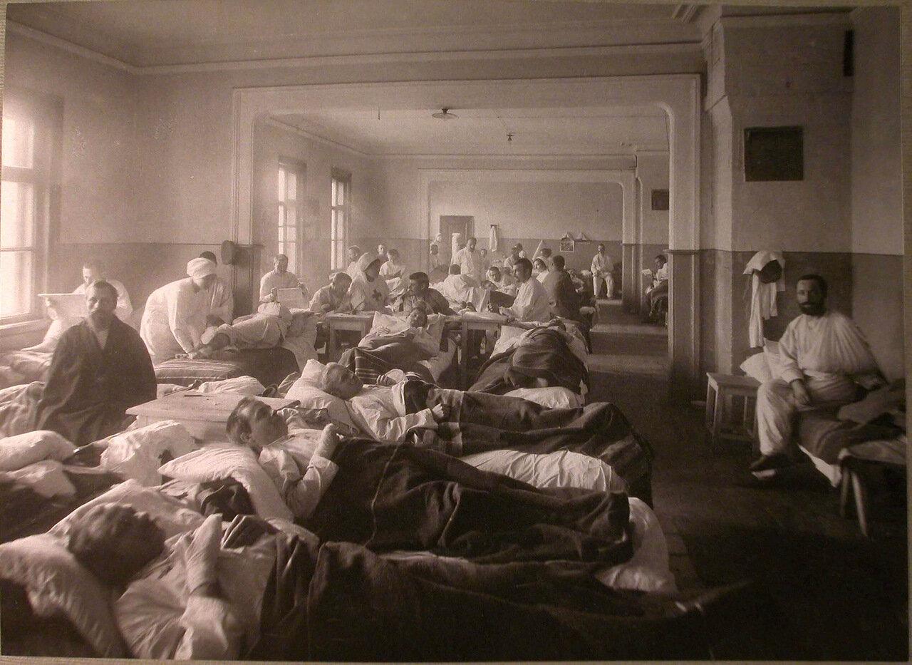 18. Раненые в палате лазарета С.В.Перлова