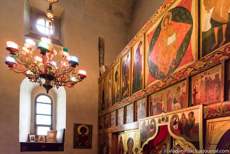 Придел священномучеников Кира и Иоанна Церкви Спаса Преображения в селе Остров