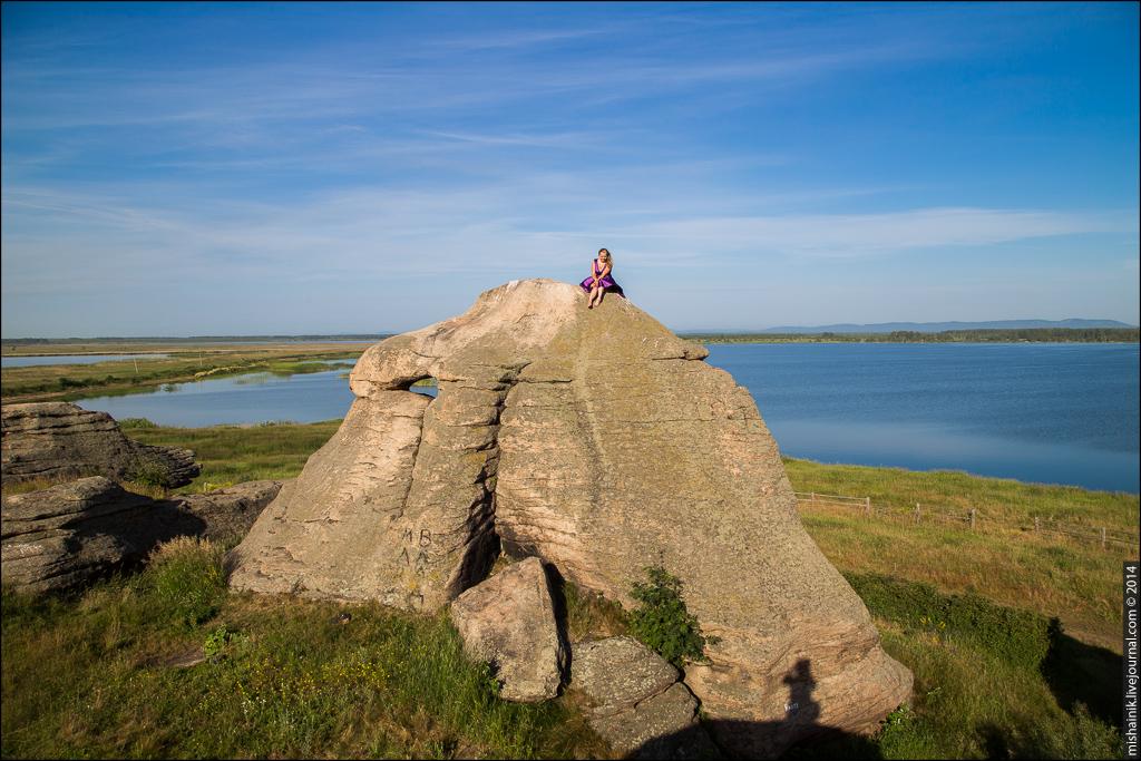 Аллакские каменные палатки