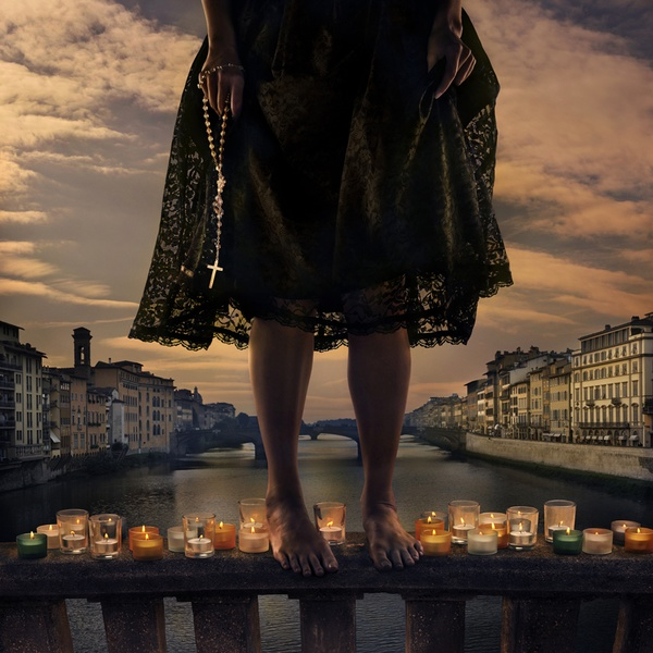 Women on the edge, Tom Chambers.jpg