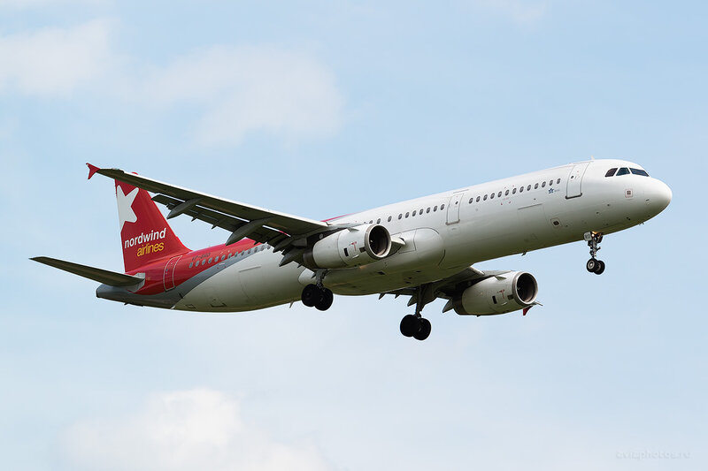 Airbus A321-232 (VP-BRD) Nordwind Airlines D805979a
