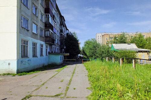 Фото города Инта №7093  Мира 65, 61 и забор 63 (детский сад