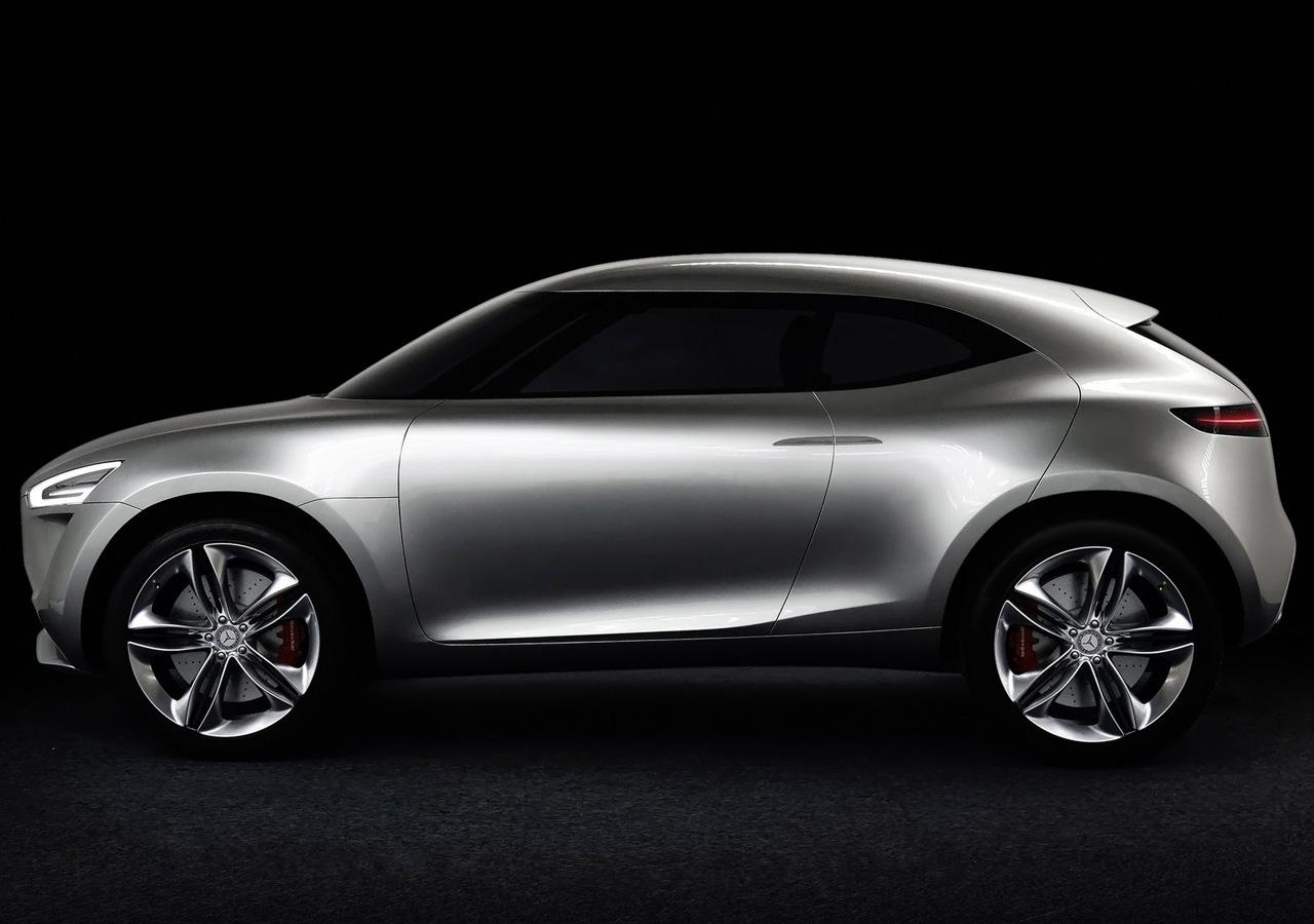 Mercedes-Benz-sozdali-koncept-neobychnogo-kompaktnogo-krossovera-9-foto