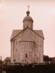 Вид восточного фасада церкви Спаса Преображения на Ильине ( построена в 1374-1378 гг.). Новгород г.