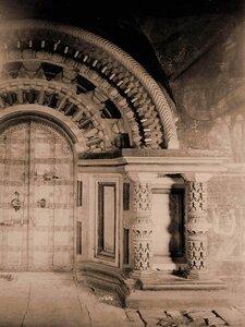 Вид западной двери с наличником церкви Казанской Божией Матери. Марково с.,