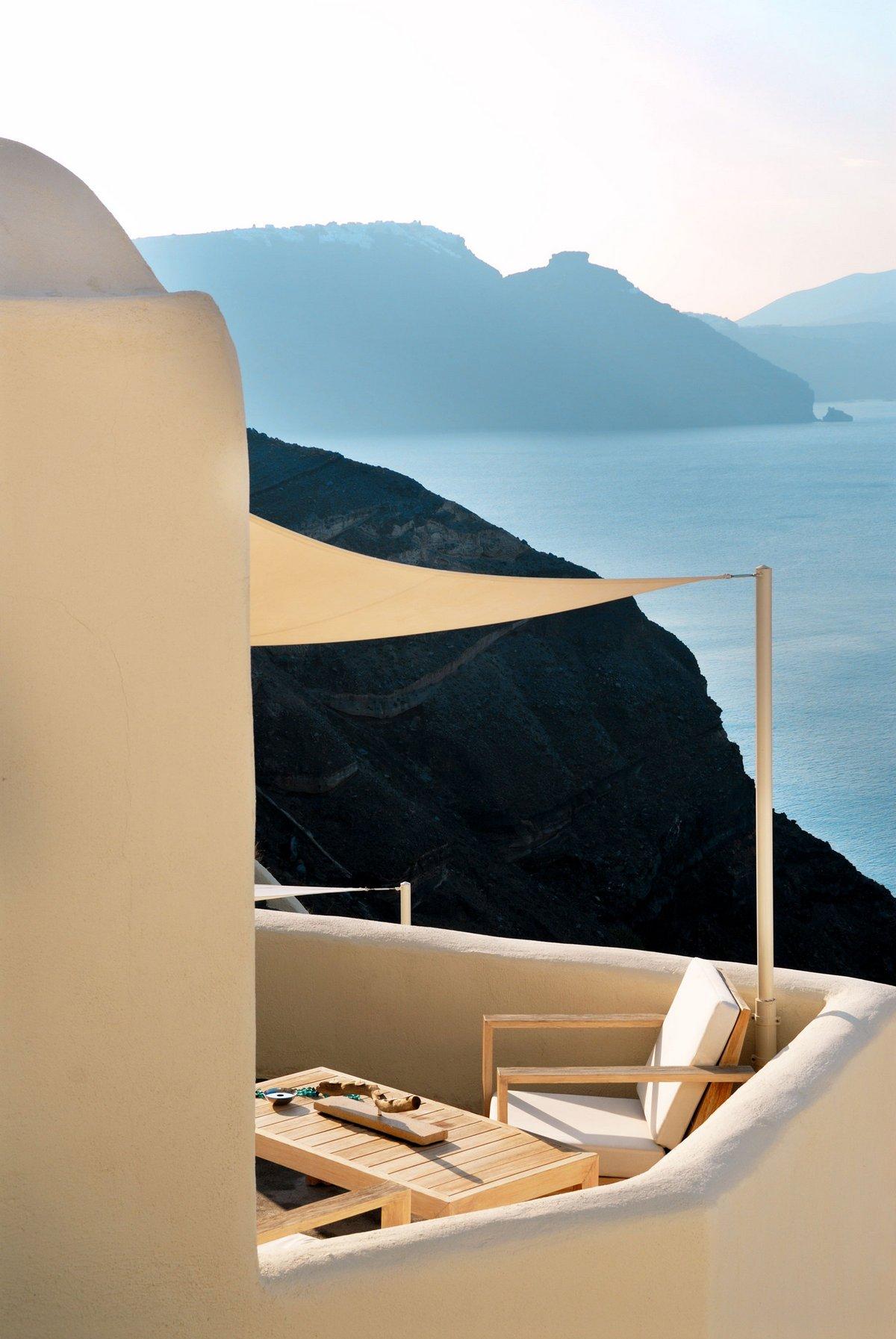 Отель Mystique, Мари Каваджи, Фрэнк Лефебре, обзор отеля Фрэнком Mystique, обзоры отелей Греции, отели Санторини, отель для свадебного путешествия