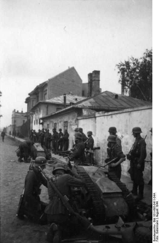 """Warschauer Aufstand, Soldaten mit """"Goliath"""""""