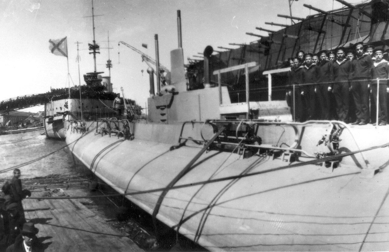 11. Подводная лодка Нарвал