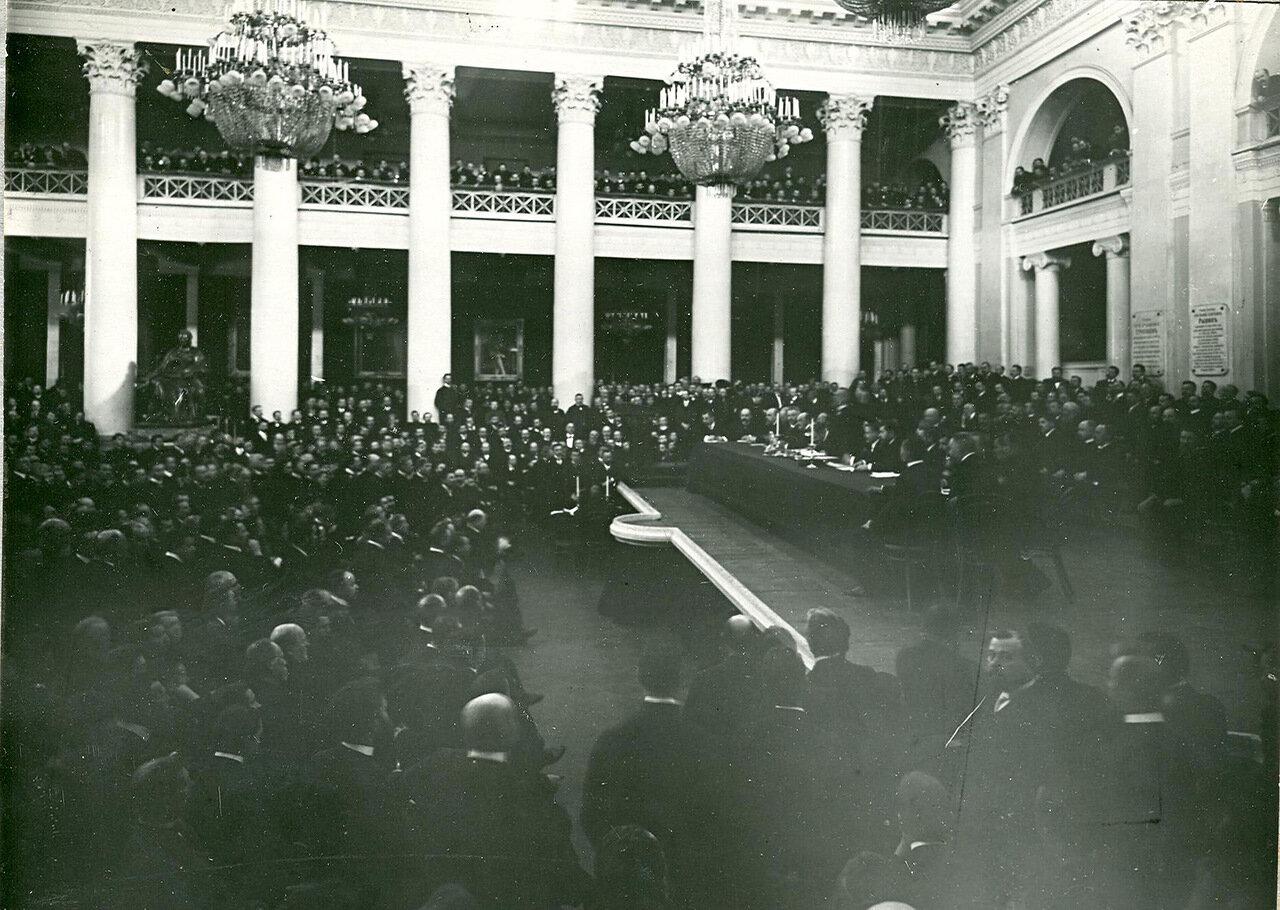 16. Заседание торгово-промышленного съезда в зале Дворянского собрания. 1906