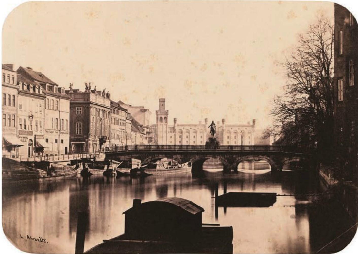 1855. Длинный мост