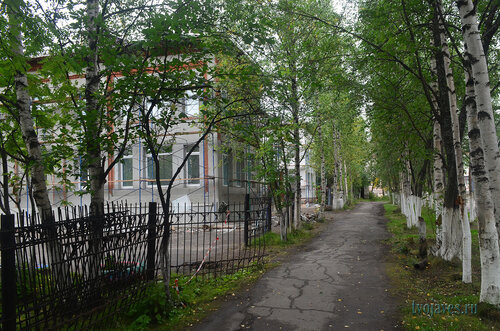 Фото города Инта №7149  Северо-западный угол Лунина 8 (детский сад