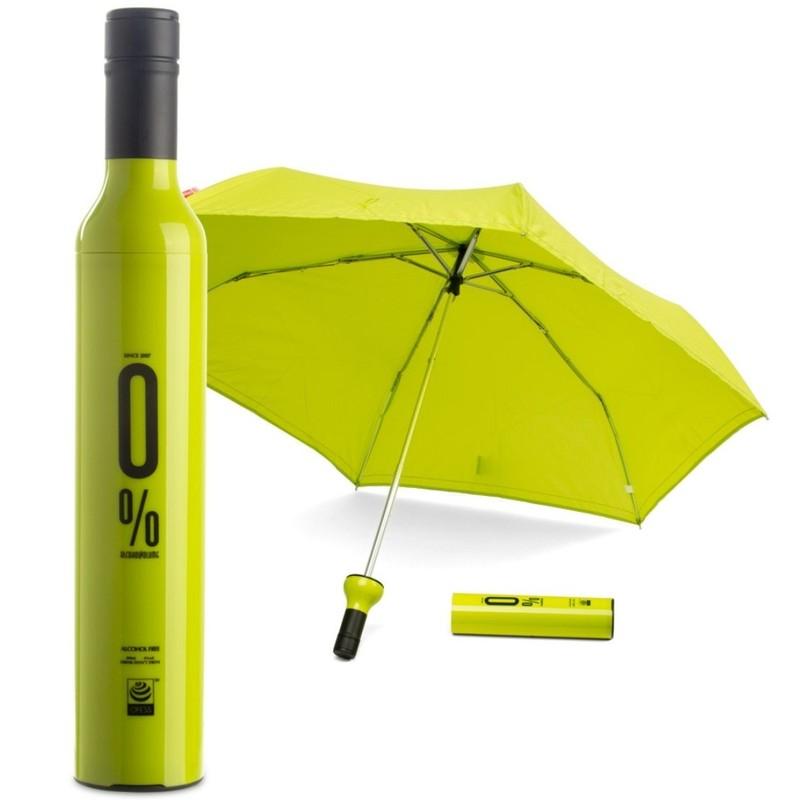 8. Зонт-бутылка Яркий зонтик, который в сложенном виде выглядит как бутылка вина.