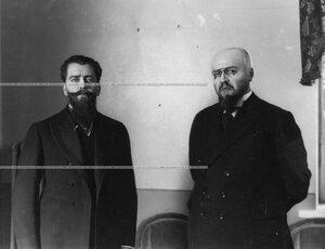 Двое артистов Малого театра (портреты).