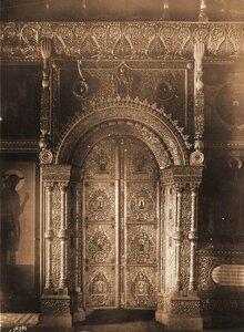 Вид на царские врата в приделе церкви Воскресения на Дебре. Кострома г.