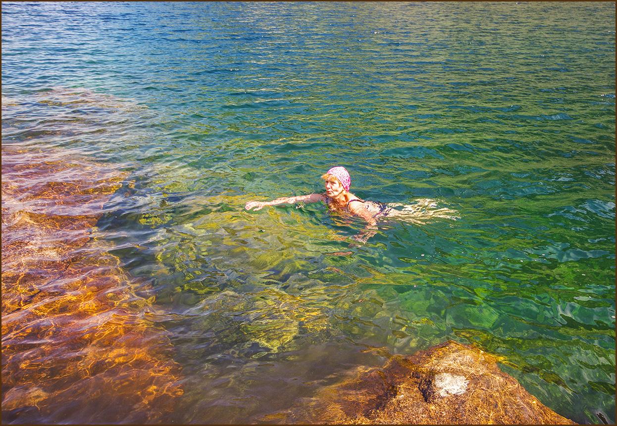 Здорово тут поплавать