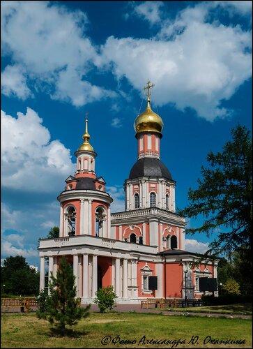 Церковь Живоначальной Троицы в Свиблово.