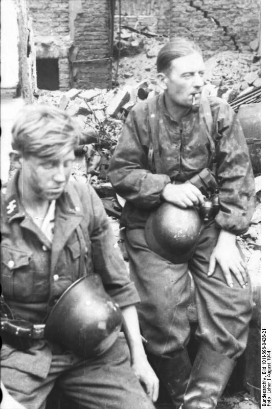 Warschauer Aufstand, Waffen-SS bei Rast