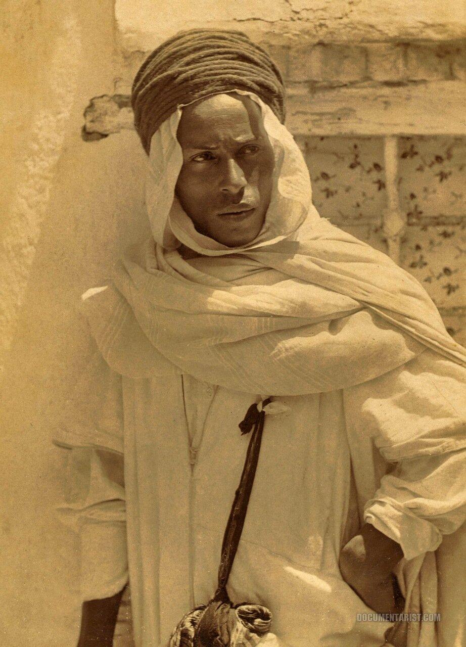 1880. Бербер мозабит