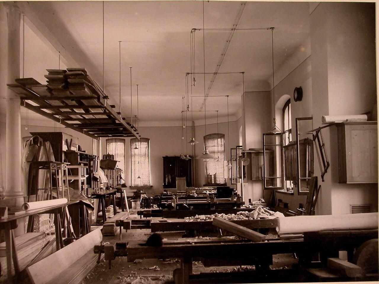17. Внутренний вид мастерской дома призрения для увечных воинов
