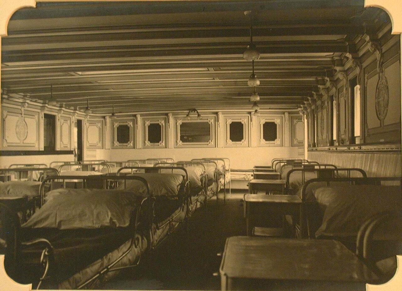 10. Вид правой стороны хирургической палаты №2