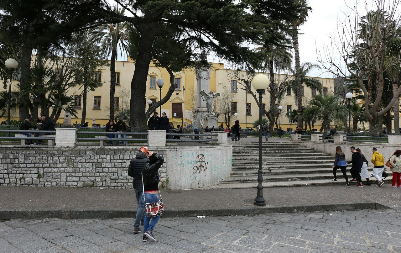 Sorrento. Victory square (Piazza della Vittoria)