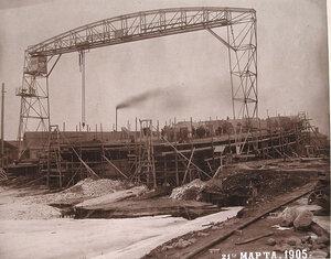 Минные крейсераМосквитянини Доброволецна стапелях Путиловского завода во время завершающегоэтапа постройки.