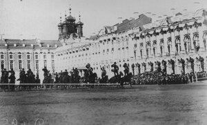 Демонстрация казаками  джигитовки во время скачек  на плацу у Екатерининского дворца  в день  празднования 100-летнего юбилея конвоя.