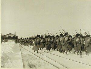 Солдаты 2-й бригады 40-й дивизии (159-й Гурийский и 160-й Абхазский полки),отправляющиеся на фронт