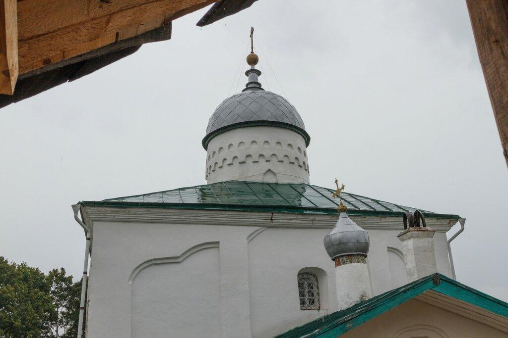 Никольский собор, Изборская крепость