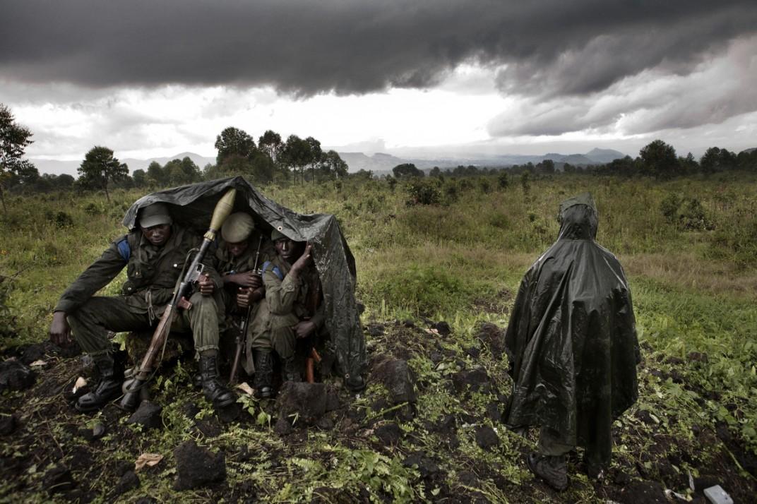 Конго - солдаты на снимках британского фотографа Marcus Bleasadale (5)