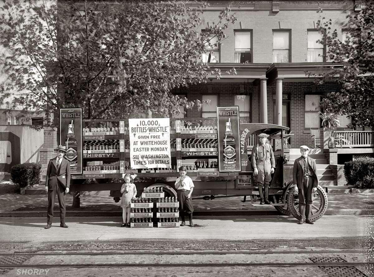 Грузовые автомобили начала 20-го века на снимках американских фотографов (11)