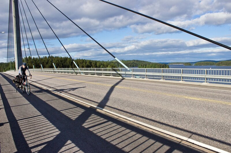 вантовый мост через озеро Пайянне (Paijanne)