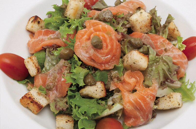 fresh_salmon_salad.jpg