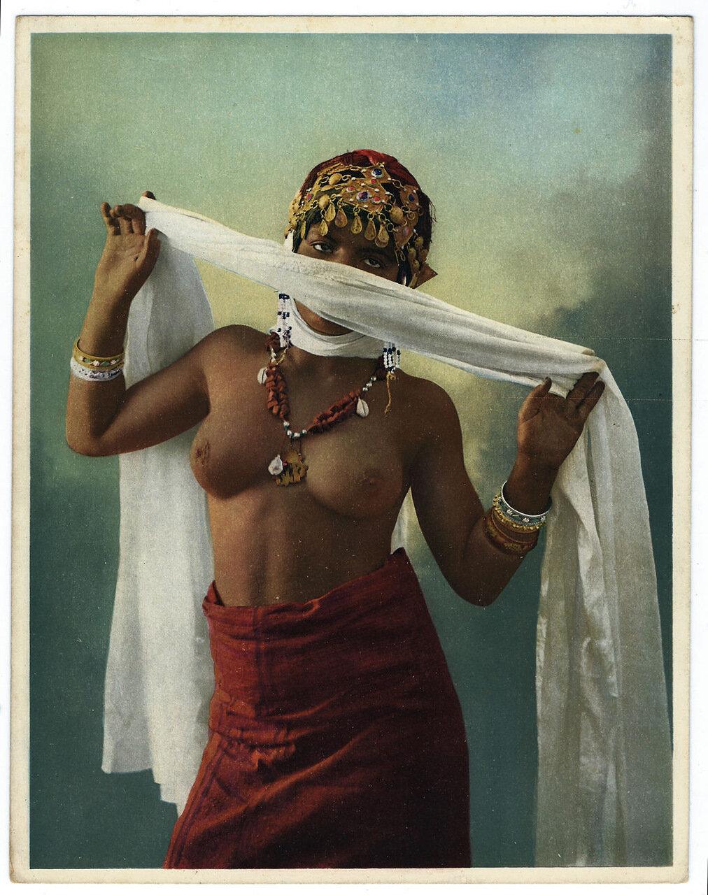 1900. Арабская женщина