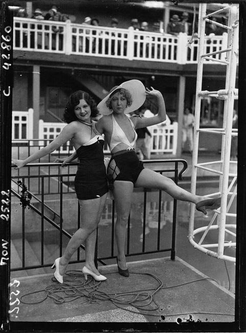 Piscine Molitor,1932.jpg