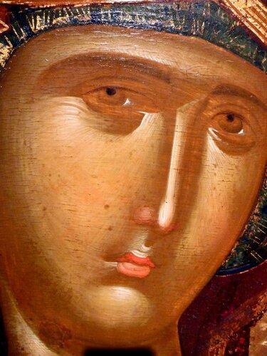 Богоматерь Психосострия (Душеспасительница). Икона середины XIV века. Галерея икон в Охриде, Македония. Фрагмент.