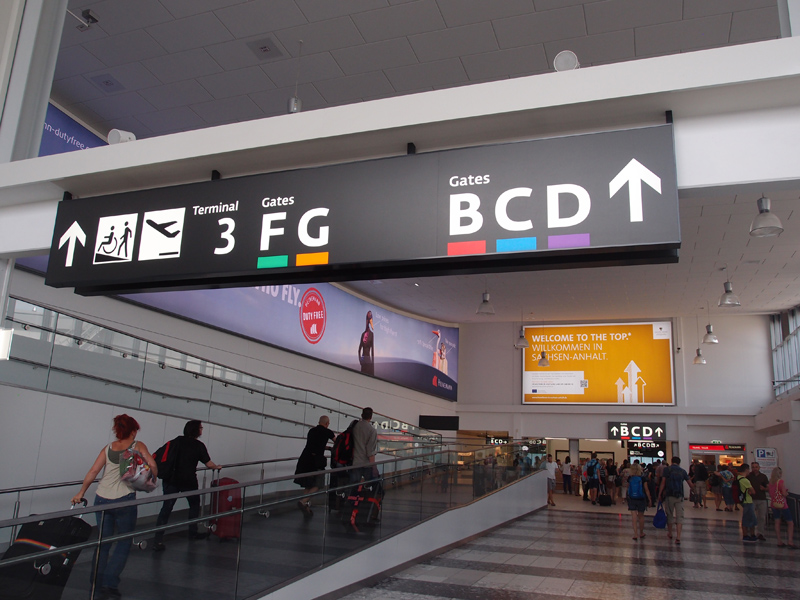 Risultati immagini per аеропорт транзит